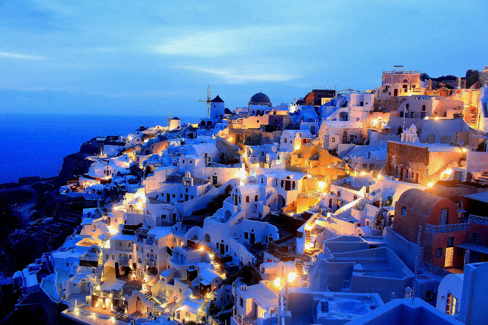 Santorini for bargain hunters