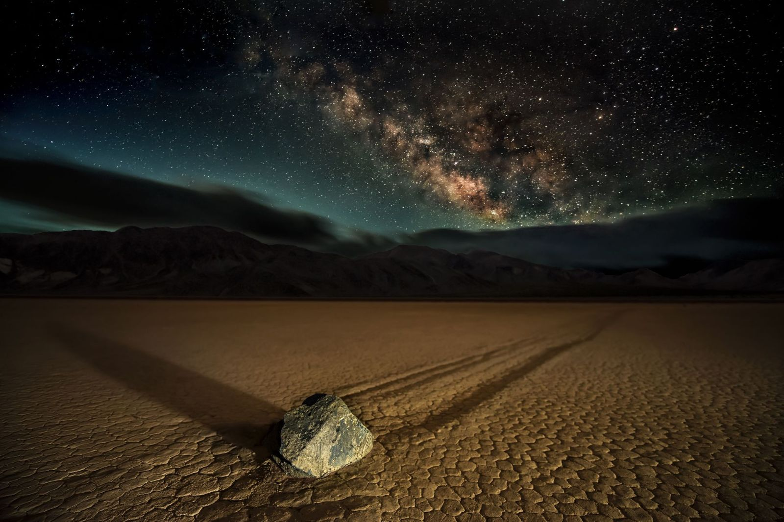 A Death Valley sky and night impression